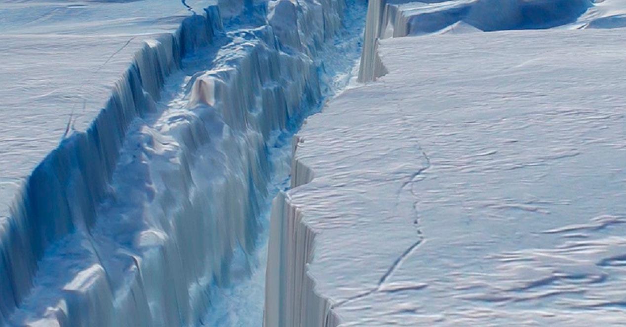larsen-c-mayor-iceberg